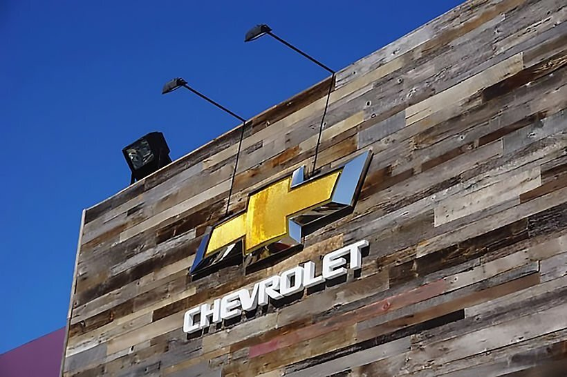 Consumer groups warn of risks in buying a new Chevrolet