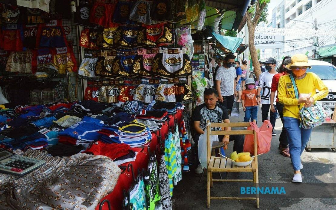 Thailand slips into recession AS Q1 GDP shrinks by 1.8 pct